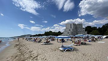 Има ли празни плажове в Албена
