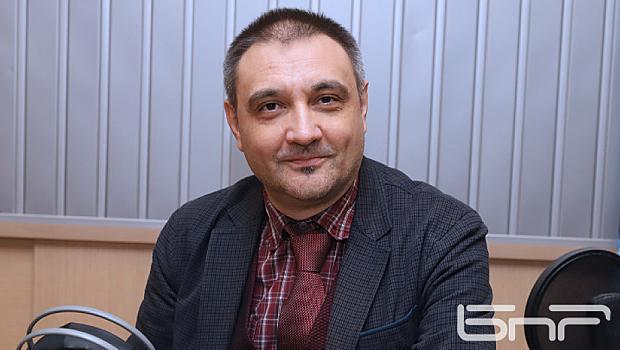 Доц.Андрей Чобанов-Ковид-19 не се влияе от околната температура