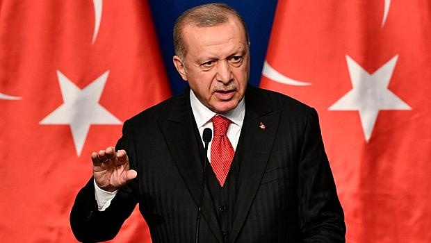 Турция създаде военна зона на границата с България