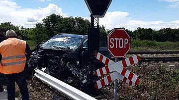 Дерайлира бързият влак Варна-София, няма пострадали