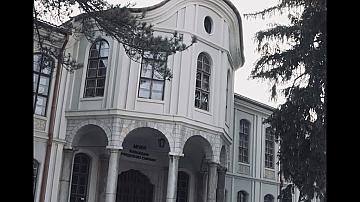 Една от емблематичите сгради на България