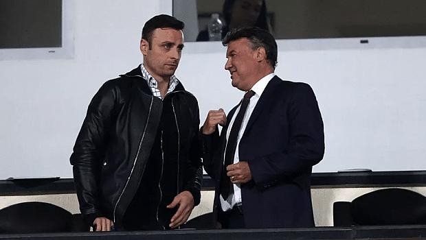 С 1 глас Боби Михайлов остава начело на футбола
