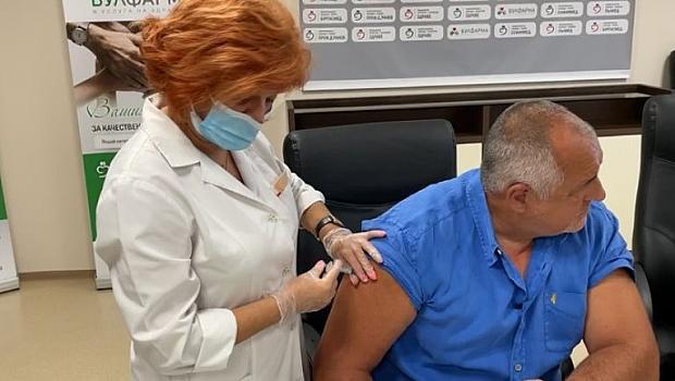 Борисов се ваксинира срещу Ковид