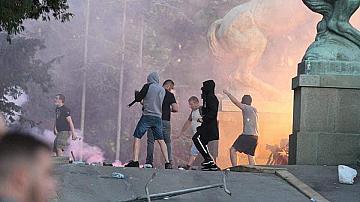 Трета нощ на протести в Белград