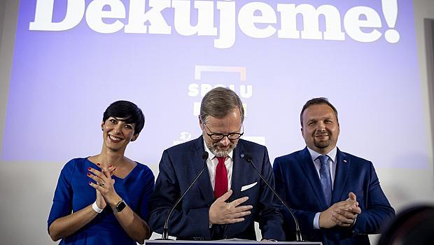 Опозицията изненадващо печели изборите в Чехия