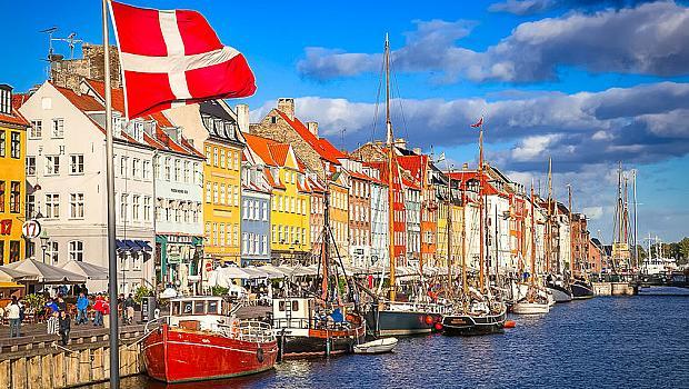 """Дания ограничава чужденците с """"незападен произход"""""""