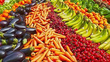 Експерт: COVID-19 не се предава чрез храна, не мийте със сапун плодове и зеленчуци