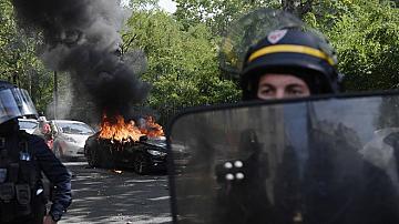 """Отново протести на """"жълтите жилетки"""", над 200 арестувани"""