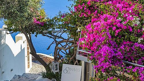 Гърция мисли за новия туристически сезон - сваля цените