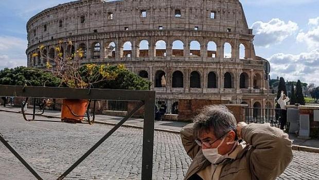 В Италия влизат в сила задължителни зелени пропуски