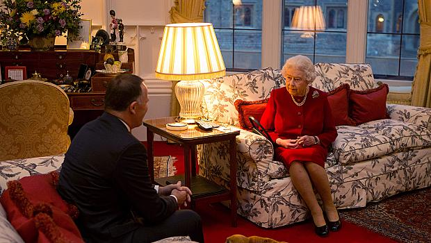 """Британската кралица отказала награда """"Възрастен човек на годината"""""""