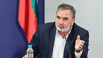 Кунчев: Няма да се затварят училищата