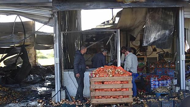 Двама пострадаха при пожара в Кърналово