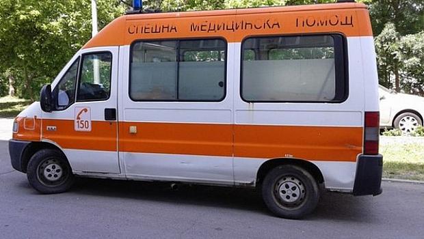 Тежка катастрофа край Новачене, баща загина, 7-годишно е в болница