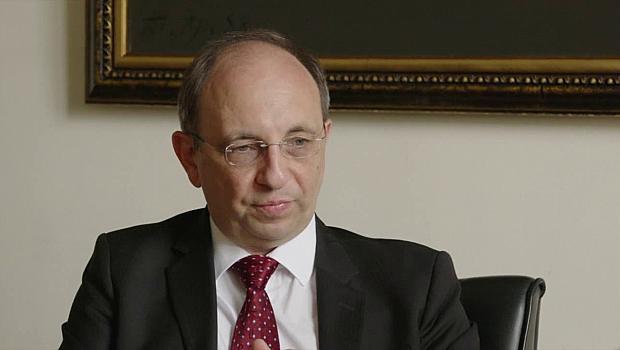 Николай Василев: Правителството изпусна духа от бутилката