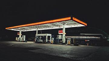 Петролната асоциация в шок от новината за държавни бензиностанции