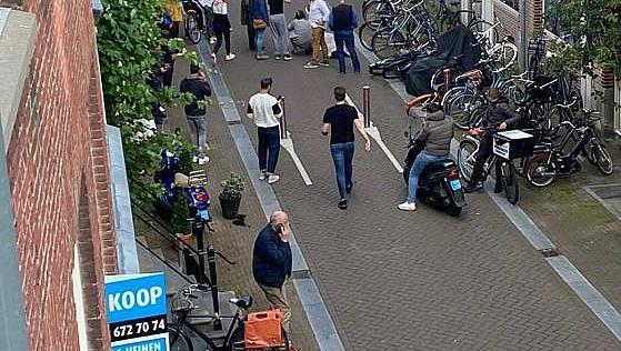 Разследващ журналист прострелян в Амстердам