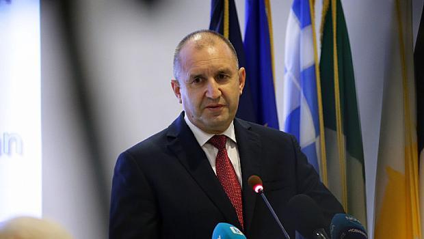 Президентът Радев ще започне консултации за правителство