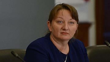Сачева: Не обмисляме връщане на по-строги ограничителни мерки