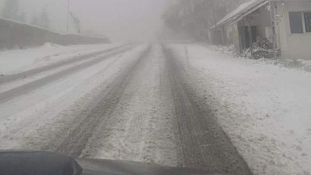 Първи сняг на Петрохан