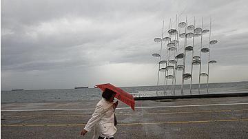 Наводнение и градушка в Солун