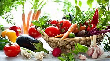 Родни зеленчуци, месо и мляко със свое място в големите вериги